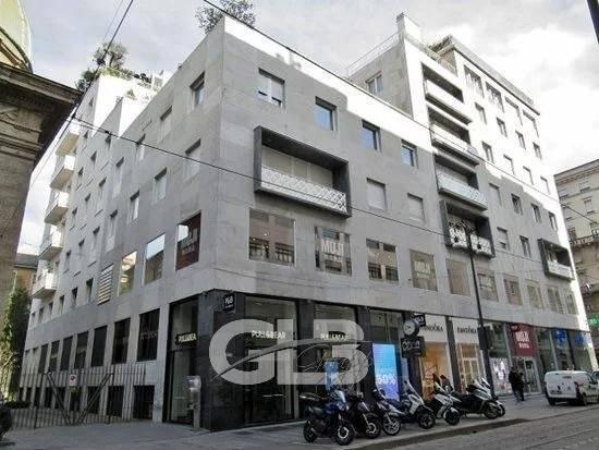 Piazza Santa Maria Beltrade - locazione ufficio mq. 180